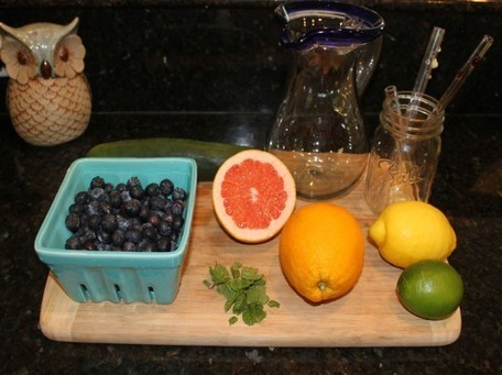 HOW TO: Make Fruit-Infused Water Coolers in Mason Jars | Inhabitots | Parenting | Scoop.it