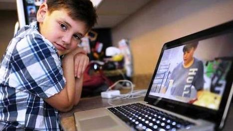 """Social Media Helps Students with Autism """"Navigate the World"""" 