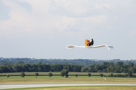 Watch A Flying Piano Touch Down At Munich Airport | The Creators Project | Airport Projects | Scoop.it