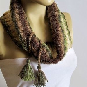 Selenay (The Chunky Cowl Neckwarmer Scarf - multicolor...) | Scarf | Постила | selenay | Scoop.it