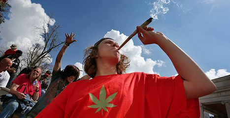EMISSIONS: Colo. struggles with marijuana's huge carbon footprint | Sustain Our Earth | Scoop.it