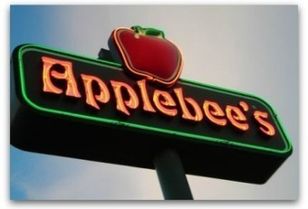 6 steps Applebee's should have taken to manage its PR crisis | Social web for women | Scoop.it