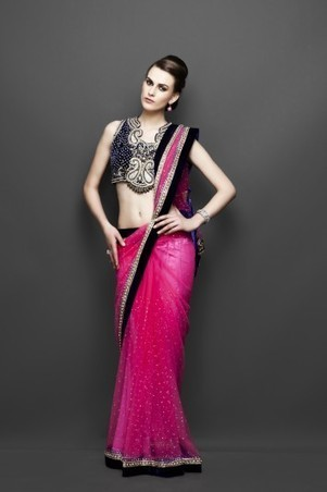 Elegent Indian outfits with Discount for diwali celebration | zarilane | Scoop.it