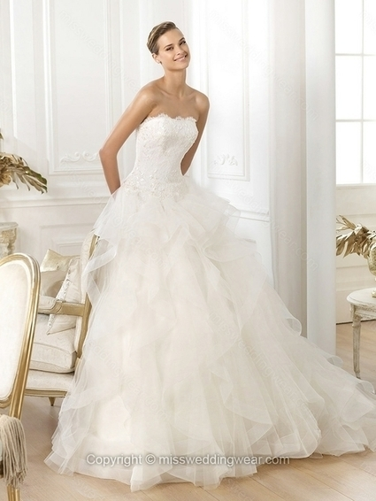 A-line Strapless Tulle Sweep Train Lace Wedding Dresses   2014 wedding dress online   Scoop.it