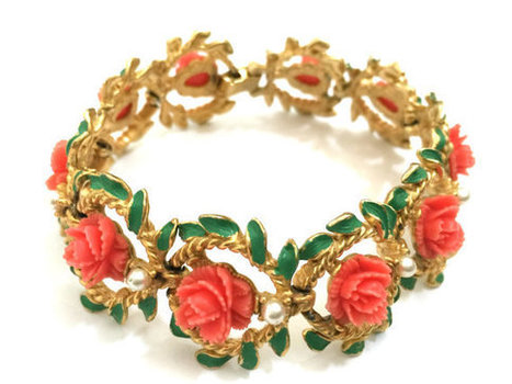 Coral Celluloid Flower Bracelet, Ten Carved Celluloid Flowers, Green Enamel Leaves, Faux Pearl Accents | Vintage Jewelry and Other Vintage Treasures | Scoop.it