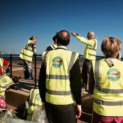 Friends Of Redcar: FREDs new bibs shine bright on Redcar beach | Redcar Beach Action Group | Scoop.it