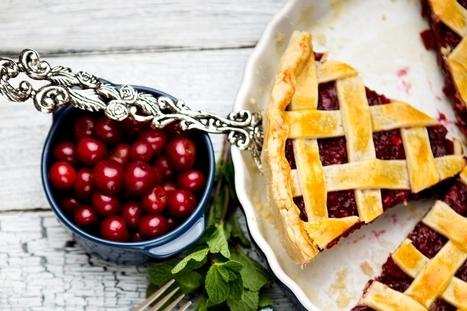 Door County Cherry Pie Recipe with Easy Vegan Pie Crust | Vegan Food | Scoop.it