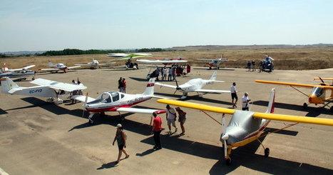 L'aviació esportiva desafia el tancament d'Alfés i l'omple d'avionetes | #territori | Scoop.it