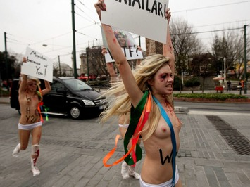 The man who made Femen: New film outs Victor Svyatski as the mastermind behind the protest group and its breast-baring stunts | Herstory | Scoop.it