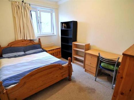 2 and 4 Bedroom For Sale Bethnal Green Property in UK | JustMoveProperty | Scoop.it