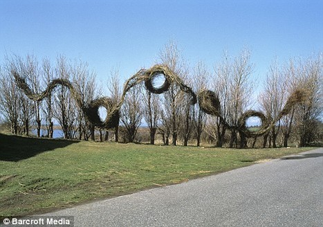 Patrick Dougherty - Daily Mail article | Artistic Development, Globalization, and Environmental Art | Scoop.it