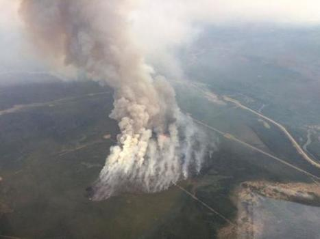 Canada wildfires rage on, intensify near oil sands sites | Sustain Our Earth | Scoop.it