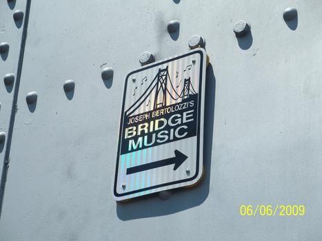 BRIDGE-MUSIC-TOWER-SIGN - Joseph Bertolozzi | DESARTSONNANTS - CRÉATION SONORE ET ENVIRONNEMENT - ENVIRONMENTAL SOUND ART - PAYSAGES ET ECOLOGIE SONORE | Scoop.it