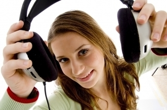 Listen up! 5 Podcasts for Freelance Writers | Online Writing | Scoop.it