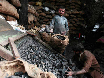 India's coking coal imports seen rising to 35 million tonnes in 2013/14 - Economic Times | INDIA EXPORTS AND IMPORTS | Scoop.it