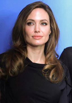 Angelina Jolie and Brad Pitt: Wedding Date Decided? - Showbiz Spy | EDEN 2.0 | Scoop.it