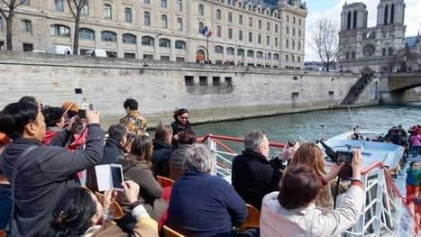 Les touristes reviennent à Paris, cinq mois après les attentats | BTS Tourisme option Information et multimédia | Scoop.it