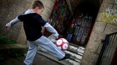 UK child poverty plans 'doomed' | SocialAction2014 | Scoop.it