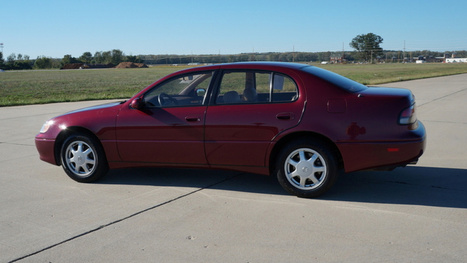 Used Car Face Off: Aging Gracefully With Old New Luxury Sedans - Jalopnik | Used Cars | Scoop.it