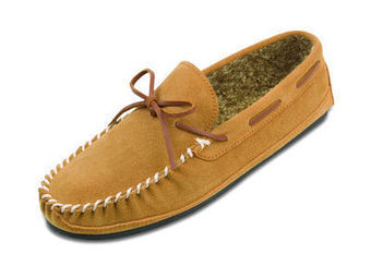 Casey Slipper - Shop Mens, Womens, Childrens Moccasins - The Moccasin Shop | TheMoccasinShop | Scoop.it