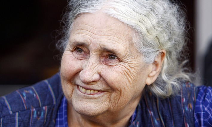 Doris Lessing's last gift: 3,000 books donated to a public library in Zimbabwe | Walking On Sunshine | Scoop.it