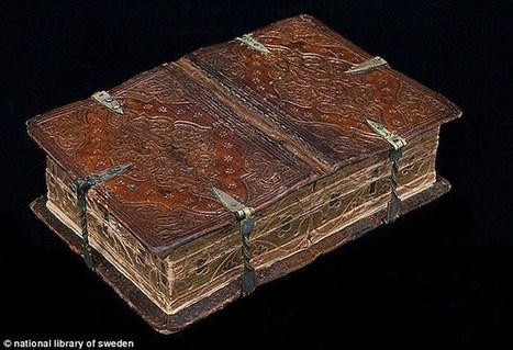 The medieval book that can be read six different ways | ebook | Scoop.it