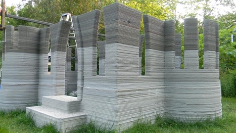 Man 3D-Prints Castle In Back Garden Using Concrete Printer He Invented - International Business Times UK | Network to discuss Serious Games of the Future | Scoop.it