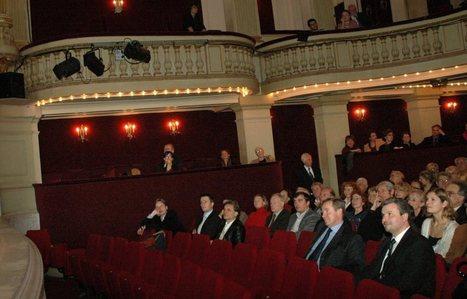 Théâtre, formidable lever de rideau - leJDD.fr | Place au theatre | Scoop.it