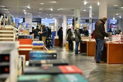 Boekhandels boeken voor eerst in jaren weer groei | trends in bibliotheken | Scoop.it