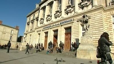 Les bibliothèques font le plein - ENSEIGNEMENT - BORDEAUX - France 3 Régions - France 3 | BiblioLivre | Scoop.it