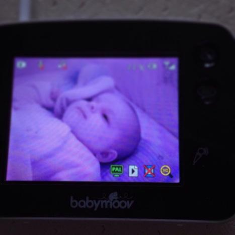 Une maman plus rassurée avec le Babyphone Touch Screen de Babymoov   Babymoov   Scoop.it