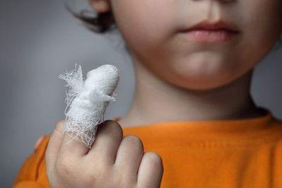 Mund aufmachen oder Schnauze halten? Hilfsbereitschaft oder Übergriffigkeit?   Das Elternhandbuch   Scoop.it