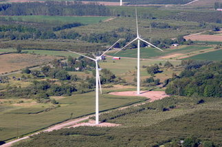 Wind turbines in motion: Lake Winds Energy Park up and running in Mason County | Local Economy in Action | Scoop.it