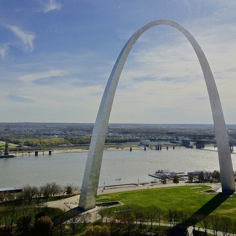 Missouri Officially Recognizes June 30 as Social Media Day - Mashable | Social Media in St. Louis | Scoop.it