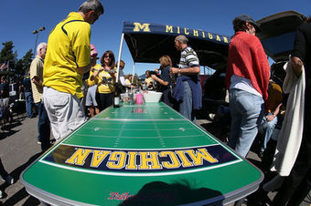 Your Notre Dame-Michigan tailgating guide, plus the best Ann Arbor ...   College Tailgating   Scoop.it