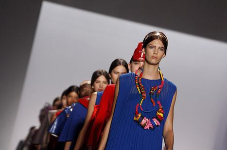 Backstage at New York Fashion Week - Photo Essays | Fashion Merchandising | Scoop.it