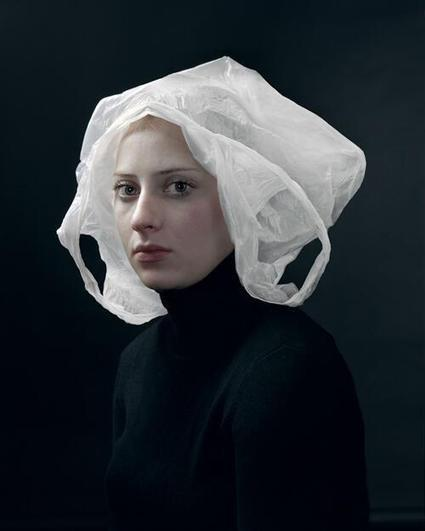 Twitter / peejcest: do you ever feel like a plastic ... | It's in the bag | Scoop.it