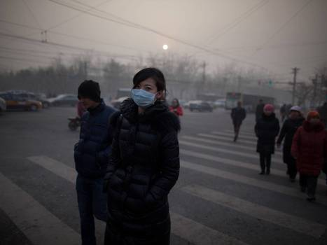 People told to stay indoors as air pollution in Beijing reache