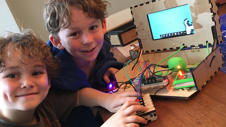 This Kit Helps Young Inventors Build Their Own Computer Using Minecraft - SolidSmack | Learning on the Digital Frontier | Scoop.it