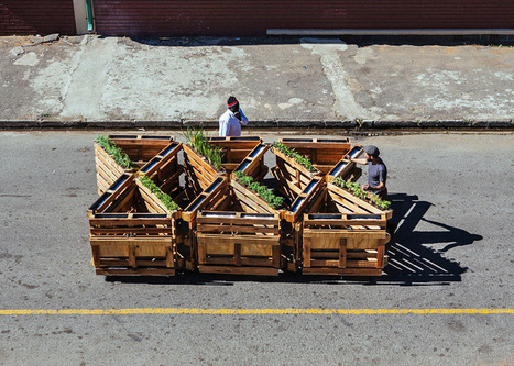 r1 recycles wooden pallets into interlocking mobile benches | Architecture-Engineering-Urban Planning | Scoop.it
