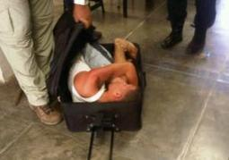 NOW THAT'S FLEXIBLE! Venezuelan prisoner attempts escape while stuffed in luggage  | Radio Show Contents | Scoop.it