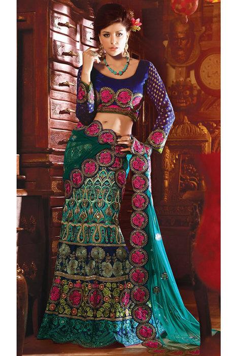 Buy Party Wear Designer Sarees,Party Sarees,Indian Party Sarees   Indian Ethnic Wear For Women   Scoop.it
