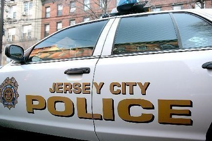 Jersey City driver playing 'Pokemon Go' crashes into police cruiser, cops say | Location Is Everywhere | Scoop.it