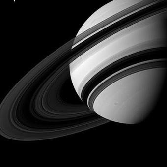 Ça se passe là haut...: Les Anneaux de Saturne nous cachent encore beaucoup de choses | C@fé des Sciences | Scoop.it