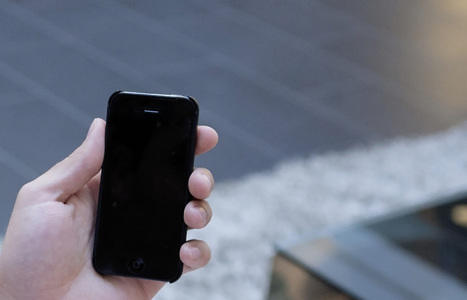5 Smart Ideas to Land a Job with Your Smartphone   Career guidance by Frida   Scoop.it