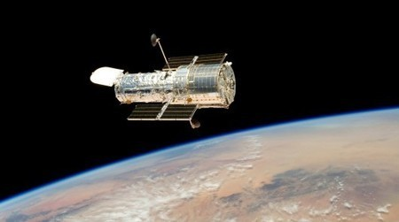 25 years in orbit: A celebration of the Hubble Space Telescope | Anthony Wood | GizMag.com | Digital Media Literacy + Cyber Arts + Performance Centers Connected to Fiber Networks | Scoop.it