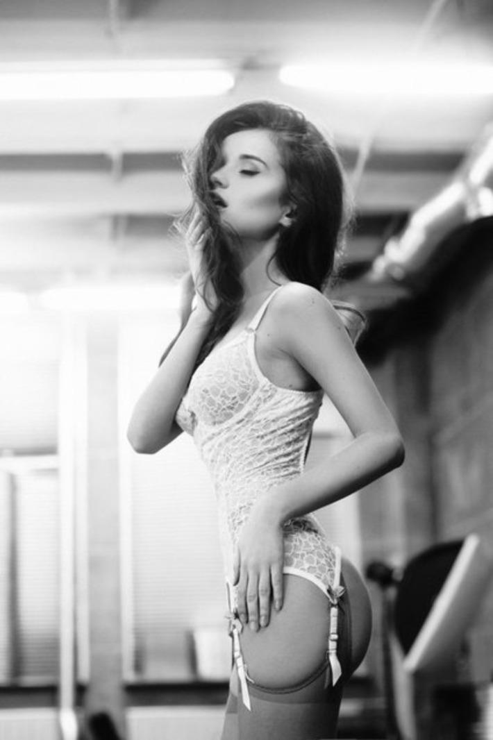Sexy Lace Bodysuit w/Garters | Lingerie Love | Scoop.it