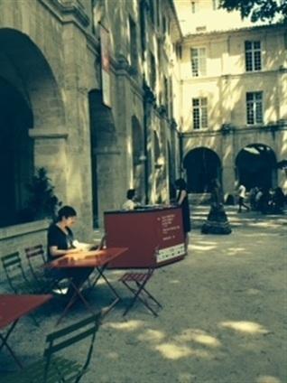 Vous êtes une compagnie, vous participez au festival d'Avignon, et vous vous posez des questions d'ordre juridique ? | Revue de presse théâtre | Scoop.it