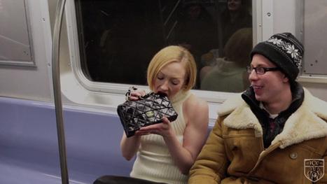 Elle dévore son sac Chanel dans le métro   streetmarketing   Scoop.it