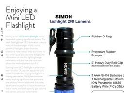 Enjoying a Mini LED Flashlight | Social Media | Scoop.it
